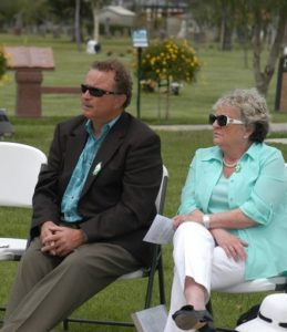 Brian Brennan and Maire O'Connell commemorate the centenary at Ivy Lawn. Photo by Ryan Schultz Ventura High School