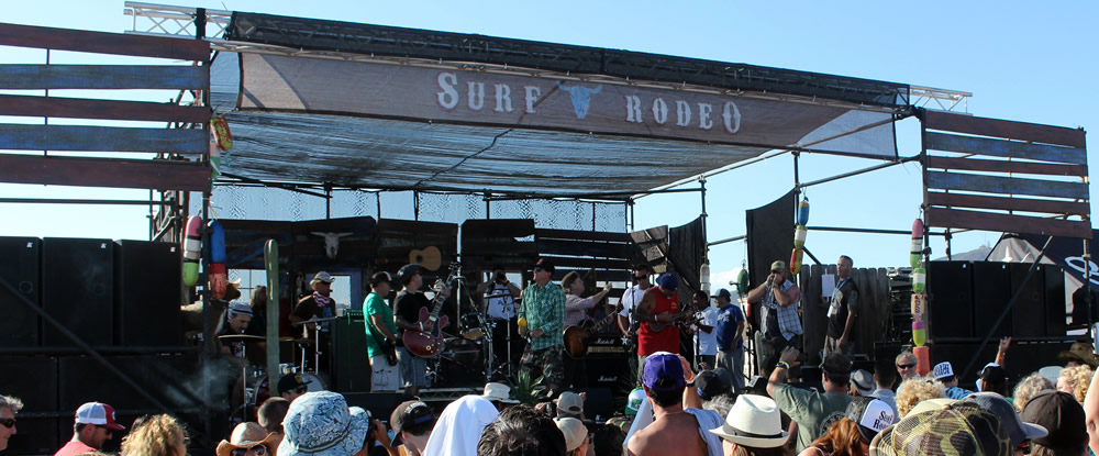Raging Arb and the Redheads at Surf Rodeo.
